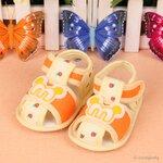 รองเท้าเด็ก รองเท้าเด็กอ่อน รองเท้าเด็กทารก รองเท้าเด็กวัยหัดเดิน รองเท้านุ่มพื้นกันลื่น M สีเหลือง size 11