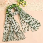 ผ้าพันคอผู้หญิง ผ้าพันคอสไตล์ญี่ปุ่น ผ้าพันคอชีฟอง ลายเสือดาว ขนาด กว้าง 50 ซม.ยาว 160 ซม. สีโทนเขียว