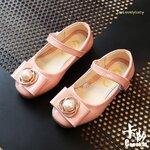 รองเท้าเด็ก รองเท้าเด็กแฟชั่น รองเท้าเด้กหญิง รองเท้าหนังแก้ว สีชมพู size 30