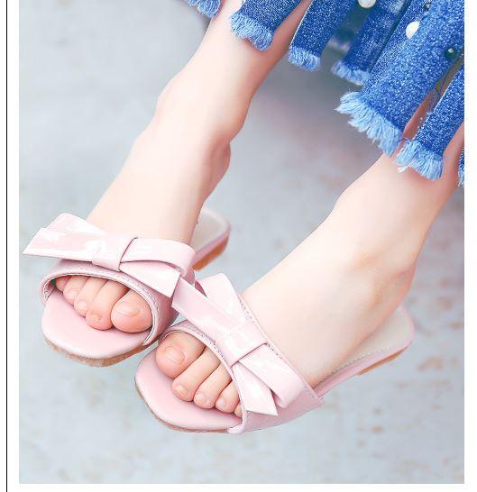 รองเท้าแตะเด็กผู้หญิง