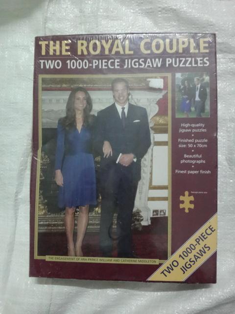 จิ๊กซอว์ two 1,000 - piece jigsaw puzzles The Royal couple