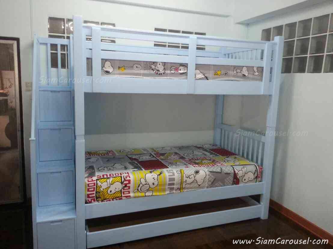 เตียง 3 ชั้น พร้อมขั้นบันไดแบบลิ้นชักเก็บของ ของคุณวรรณา ลาดพร้าว 93