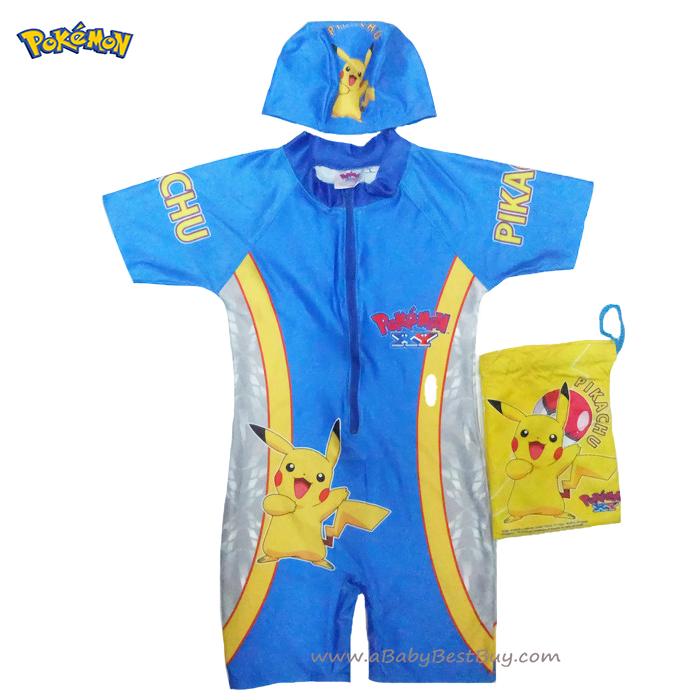 ฮ Size L - ชุดว่ายน้ำ เด็กผู้ชาย Pokemon บอดี้สูทเสื้อแขนสั้นกางเกงขาสั้น สีน้ำเงิน สกรีนลาย Pikachu มาพร้อมหมวกว่ายน้ำและถุงผ้า สุดเท่ห์ ใส่สบาย ลิขสิทธิ์แท้ (สำหรับเด็กอายุ 8-9 ปี)