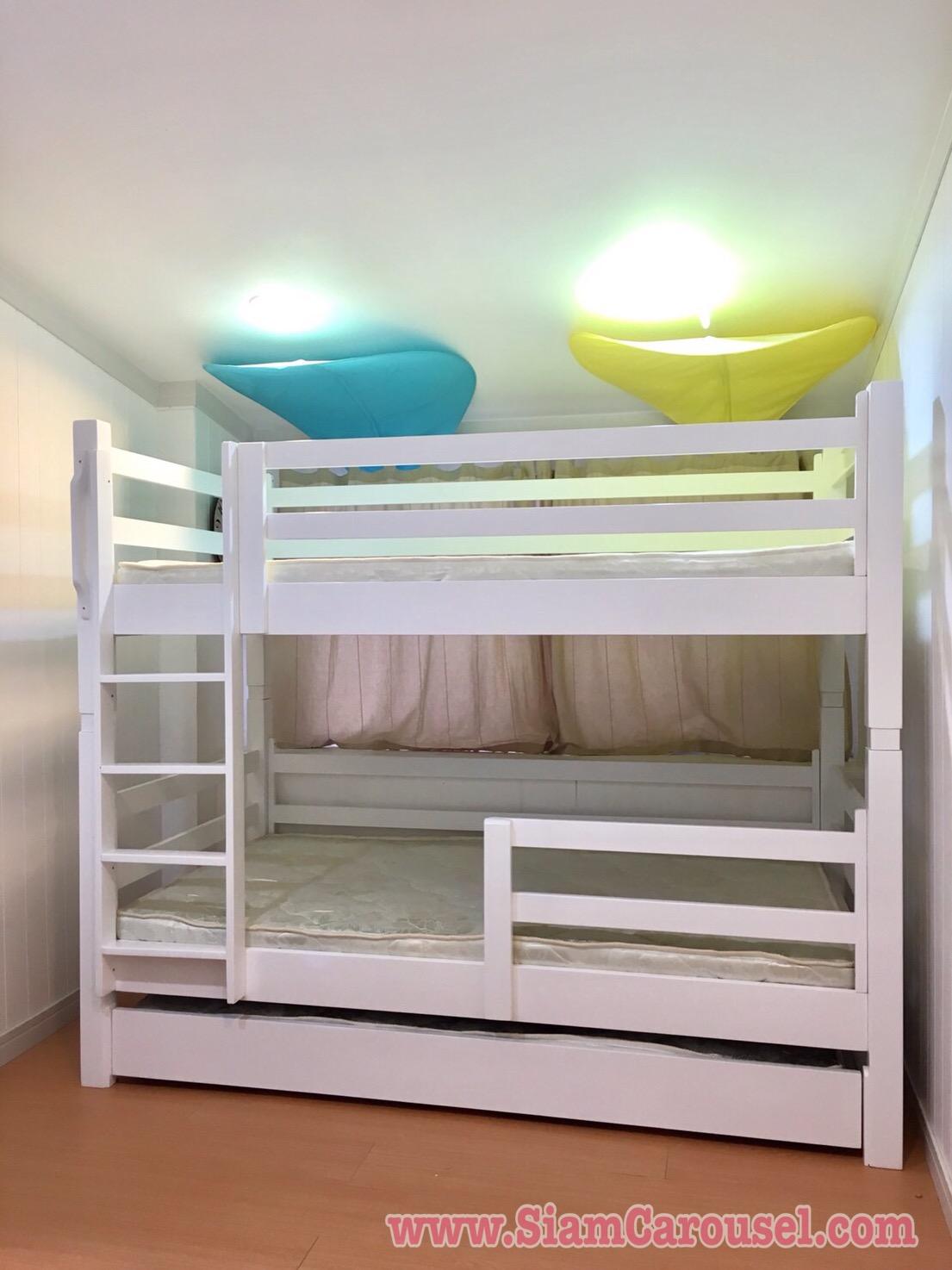 เตียง 3 ชั้น ของคุณแพร ตาคลี จ.นครสวรรค์
