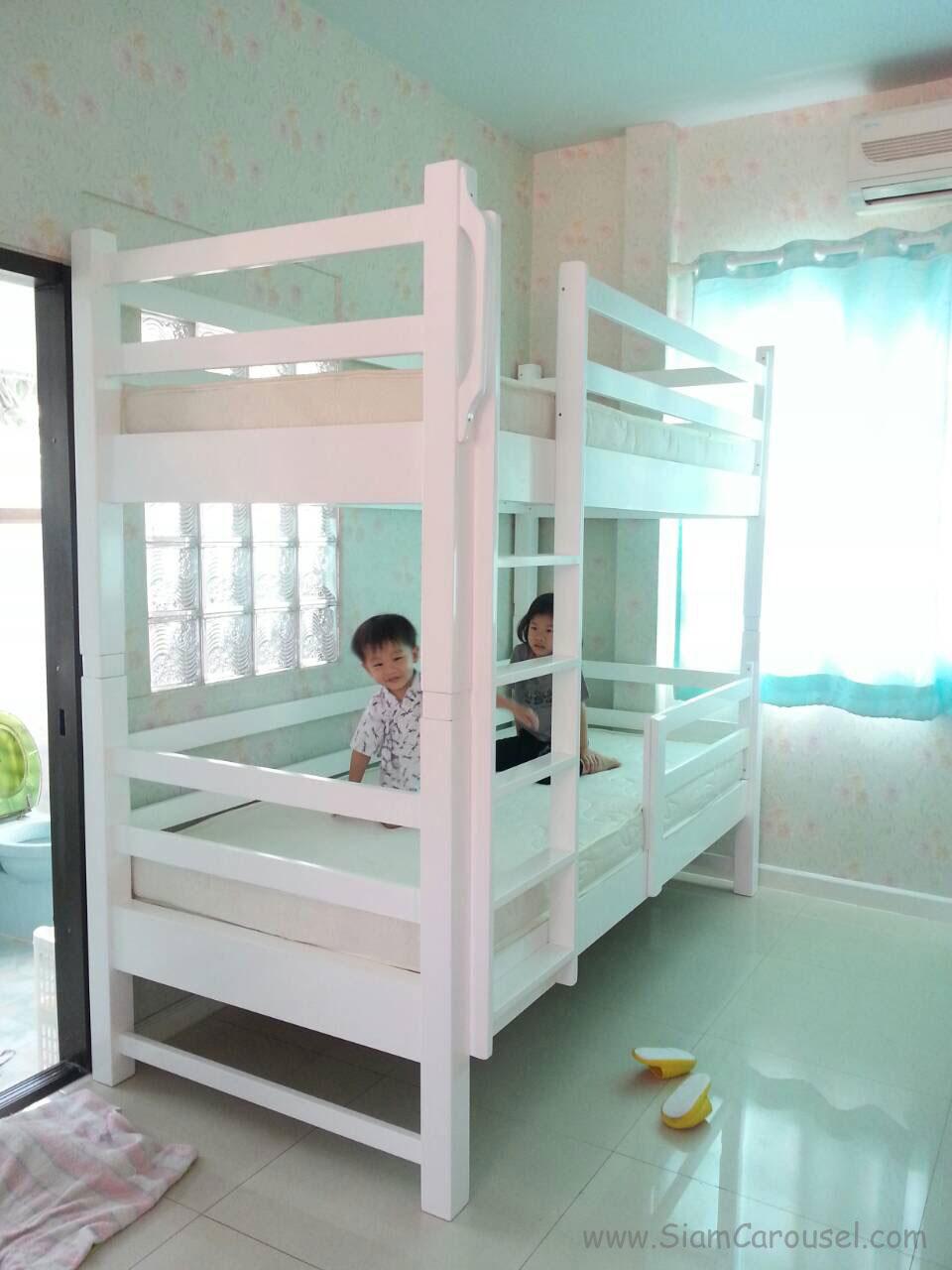 เตียง 2 ชั้น ของลูกๆ คุณเหมียว Chonlada 4 Alley, Sai Mai