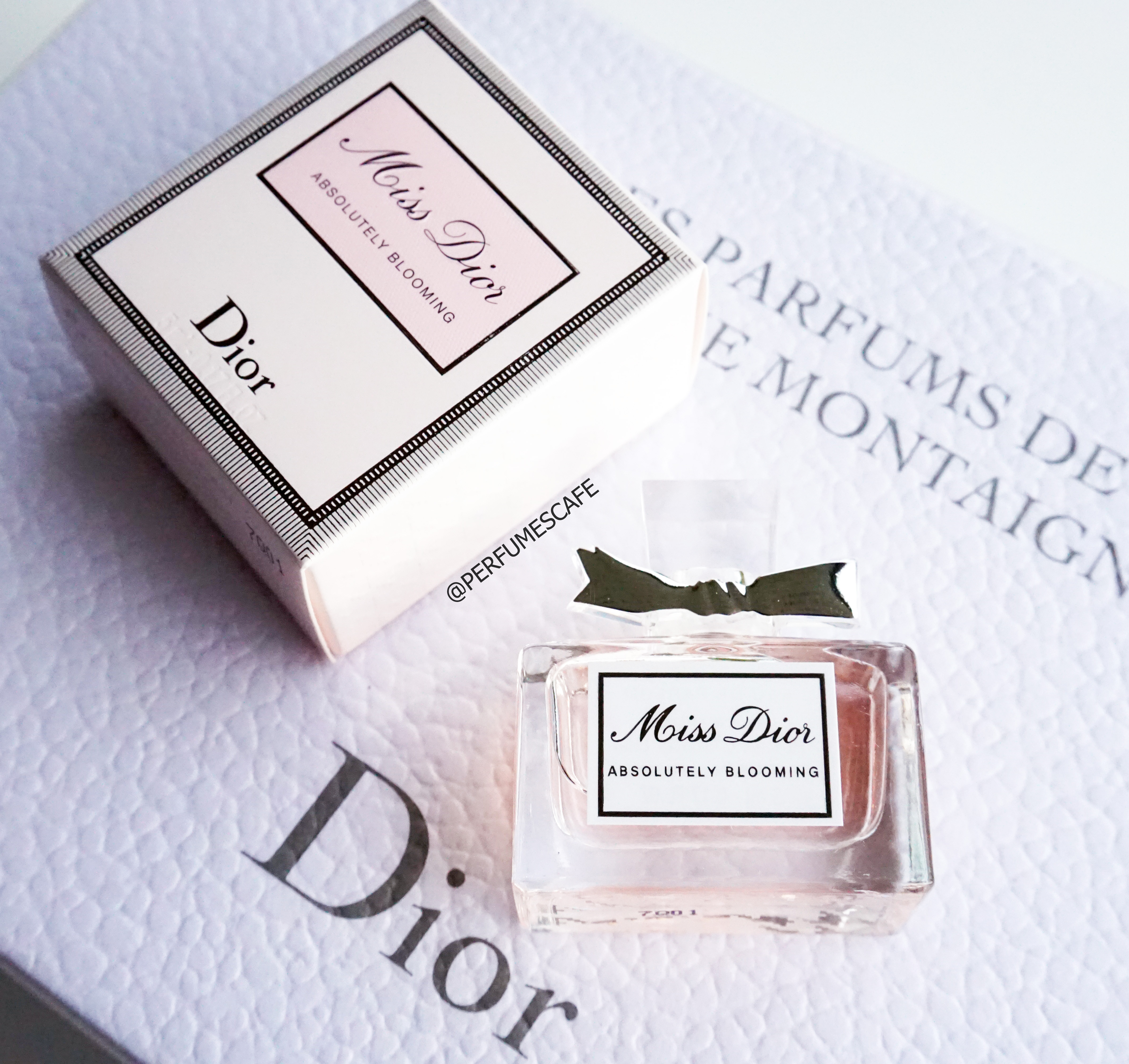 น้ำหอม Miss Dior Absolutely Blooming EDP ขนาด 5ml แบบแต้ม