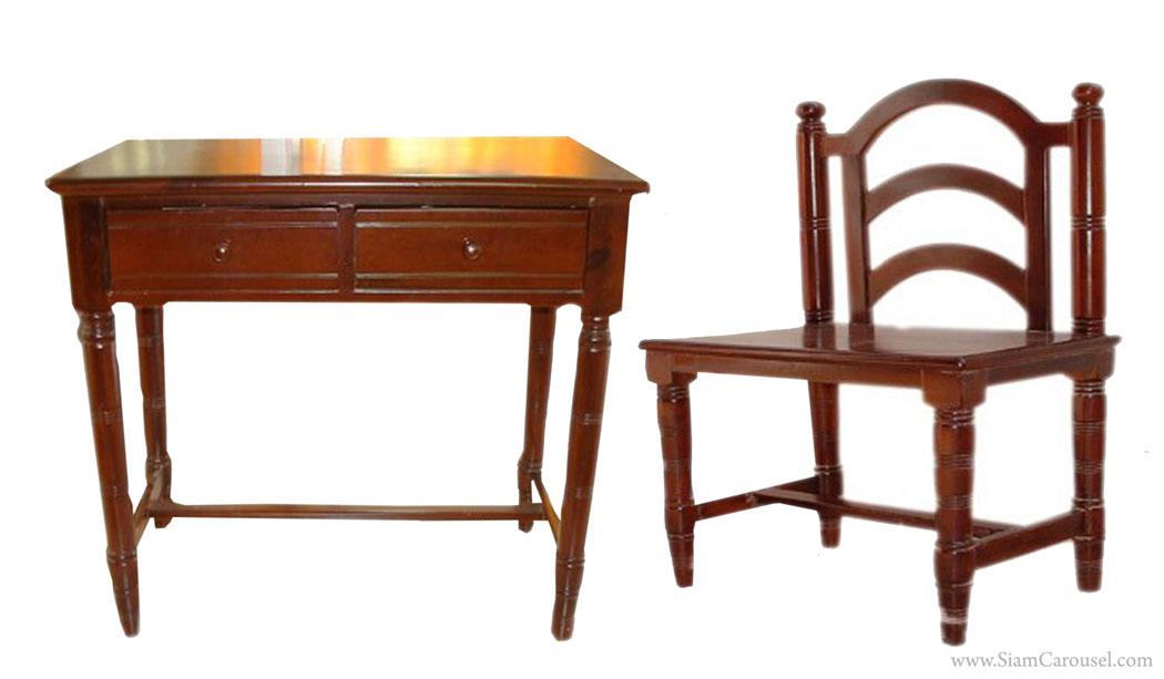 โต๊ะเขียนหนังสือ พร้อมเก้าอี้