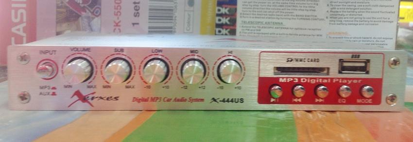 ปรีแอมป์รถยนต์ 3 แบนด์ ยี้ห้อ XERXES สามารถใช้ USB เล่น mp3 ได้