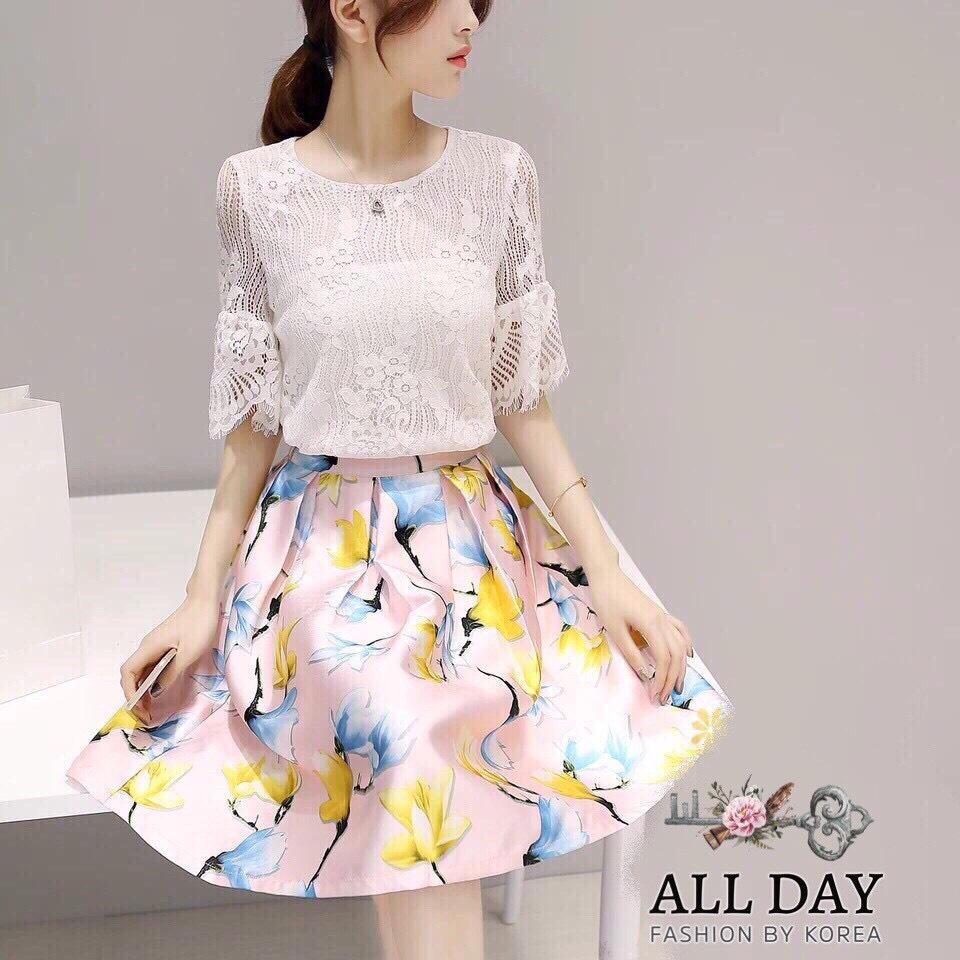 ชุดเซทแฟชั่น ชุดเซ็ตเสื้อ+กระโปรงสีชมพูพิมพ์ลายดอกไม้ เสื้อแบบสวมค่ะ