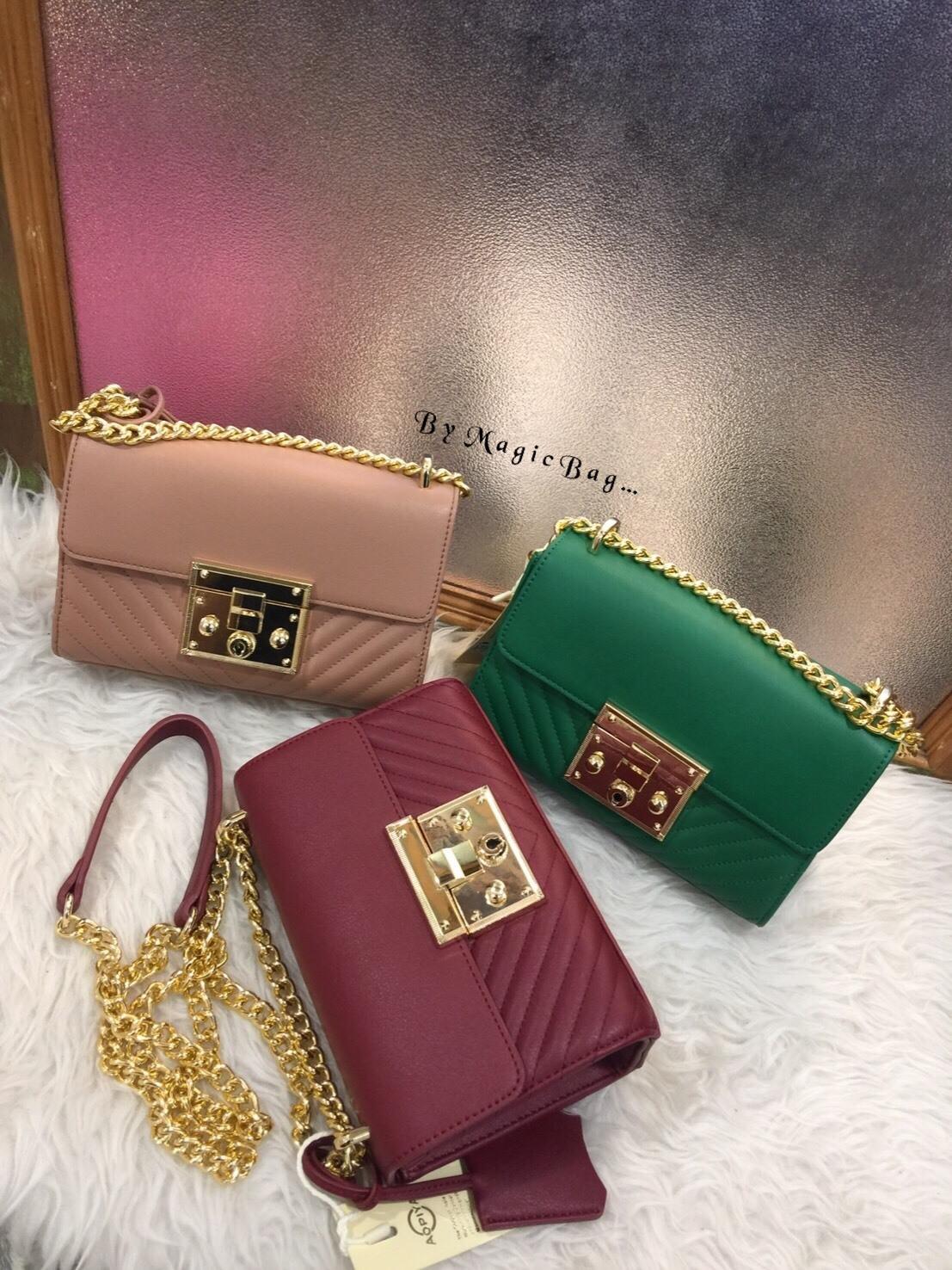 กระเป๋าสุดคลาสสิค หนึ่งในแบรนด์ดัง ทรงสวย สีแมท