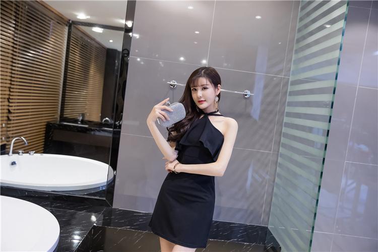 ชุดเดรสแฟชั่นเกาหลี มีสายผูก เซ็กซี่ ระบายหน้าอก สีดำ