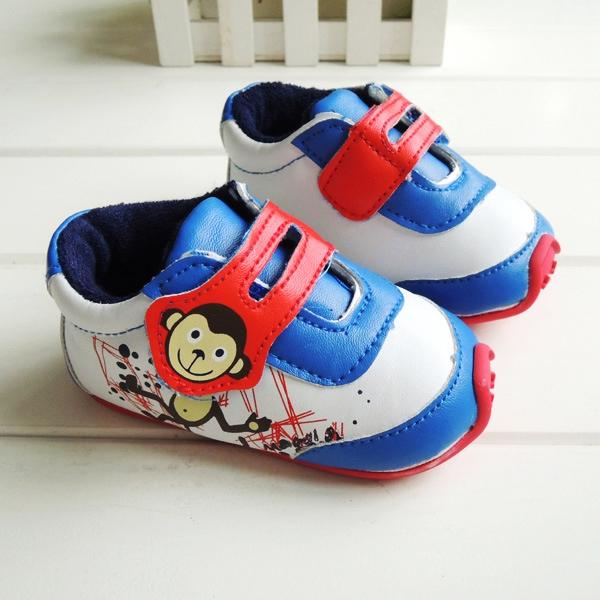 รองเท้าเด็ก รองเท้าเด็กวัยหัดเดิน รองเท้าเด็กผู้ชาย พื้นยางกันลื่น ขนาด 13 ซม. อายุ 1-1.5ขวบ พร้อมส่ง