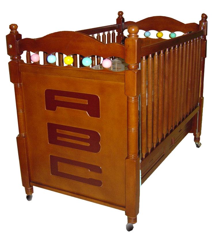 เตียงเด็กอ่อน 2 ลิ้นชัก ขากลึง ลาย ABC