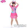 (size L)Swimsuit for Girls ชุดว่ายน้ำ เด็กผู้หญิง My Little Pony บอดี้สูท เสื้อแขนยาวกระโปรงกางเกง สีชมพู มาพร้อมหมวกว่ายน้ำและถุงผ้า สุดน่ารัก ใส่สบาย ลิขสิทธิ์ฮาสโบแท้ โพนี่แท้ (สำหรับเด็กอายุ 6-8 ปี)