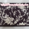 กระเป๋าสตางค์ นารายา ผ้าคอตตอน สีน้ำตาล พิมพ์ลายดอกไม้ ( กระเป๋านารายา กระเป๋าผ้า NaRaYa )