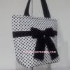 กระเป๋าสะพาย นารายา ผ้าคอตตอน ลายจุด พื้นสีขาว จุดสีดำ ผูกโบว์ (กระเป๋านารายา กระเป๋าผ้า NaRaYa กระเป๋าแฟชั่น)