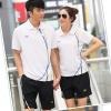 Pre-order ชุดกีฬา ชุดออกกำลังกาย เสื้อแขนสั้นคอปกสีขาว กางเกงขาสั้นสีดำ ชุดทีม ชาย-หญิง