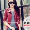 Pre-Order เสื้อแจ็คเก็ตหนัง เสื้อแจ็คเก็ตผู้หญิง เข้ารูปพอดีตัว คอจีน สีแดง แต่งซิปเก๋ แฟชั่นเกาหลี
