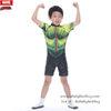 ( สำหรับเด็กอายุ 6เดือน-14 ปี ) Swimsuit for Boys ชุดว่ายน้ำ เด็กผู้ชาย Super Hero - The Avengers - The Hulk ยักษ์เขียว บอดี้สูท เสื้อแขนสั้น กางเกงขาสั้น มาพร้อมหมวกว่ายน้ำและถุงผ้า สุดเท่ห์ ใส่สบาย ลิขสิทธิ์แท้