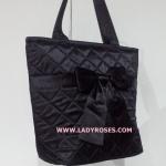 กระเป๋าสะพาย นารายา ผ้าซาตินมัน สีดำ ผูกโบว์ (กระเป๋านารายา กระเป๋าผ้า NaRaYa กระเป๋าแฟชั่น)