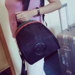 กระเป๋าเป้ ทรงสวย ออกแบบได้ น่ารัก มากๆ ขนาดกำลังดี จุของได้ มากเลยทีเดียว วัสดุเป็นผ้าร่ม อย่างดี