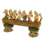z ''Homeward Bound'' Seven Dwarfs Figurine by Jim Shore