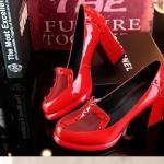 พรีออเดอร์ รองเท้าแฟชั่นผู้หญิง ส้นสูง หัวแหลม หนังแท้ สีแดง Brand: Xuan Hong Mi เสื้อผ้าแฟชั่นสไตล์เรโทร