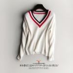 (Pre-order) เสื้อสเว็ตเตอร์ เสื้อถักไหมพรม คอวี แขนยาว กันหนาว สีขาว