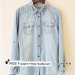 Pre-Order เสื้อเชิ้ตยีนส์ ยีนส์ฟอก แขนยาว ปักหมุดที่ปกเสื้อ แฟชั่นเสื้อยีนส์สไตล์เกาหลีปี 2014
