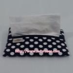 กระเป๋าเอนกประสงค์ ใส่สตางค์ ใส่โทรศัพท์ และ กระดาษทิชชู่ ลายจุด พื้นสีน้ำเงิน จุดสีขาว ( กระเป๋านารายา กระเป๋าผ้า NaRaYa )