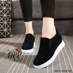 รองเท้าผ้าใบ เสริมส้นหลังสูง2.5นิ้ว เสริมหน้า1นิ้ว งานทำจากผ้ากำมะหยี่ขนตกแต่งเพชรคริสตัลสีดำ