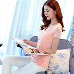 Pre-order เสื้อฤดูร้อนผ้ายืด ทอลูกไม้ คอวี เสื้อแฟชั่นเกาหลีแท้ สีชมพู
