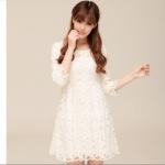 (Pre-Order) เดรสสั้น แขนสามส่วน ผ้าลูกไม้ สีขาว เสื้อผ้าแฟชั่นเกาหลี