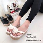 รองเท้าแตะส้นเตารีดแบบคีบหนังนิ่มแต่งดอกไม้น่ารักๆ พื้นเสริมสปองค์หนานุ่ม ใส่แล้วนุ่มเท้า ส้นเตารีดสูง 2.5 นื้ว