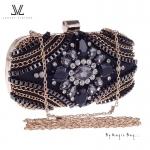 กระเป๋าคลัทช์งานเพชร แน่นๆ ดีไซน์หรูหราจากแบรนด์ LUXURY VINTAGE
