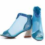 Pre-Order รองเท้าบู๊ทใส่หน้าร้อน รองเท้าบู๊ทสั้นหุ้มข้อ รองเท้าแฟชั่นผู้หญิง ส้นสูง เปิดหัว หนังแท้ สีฟ้า Brand: Xuan Hong Mi เสื้อผ้าแฟชั่นสไตล์เรโทร