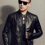 พร้อมส่ง เสื้อแจ็คเก็ตหนังผู้ชาย คอจีน แขนยาว สีดำ