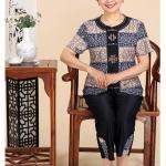 Pre-Order เสื้อผ้าผู้หญิง อายุ 60 up ผ้าพิมพ์ลายสีน้ำเงิน แขนสั้น คอกลม กระดุมหน้า กางเกงเอวยางยืด