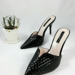 รองเท้าแตะลำลองหูหนีบ Style LACOSTE สีทูโทนตัดขอบสีน้ำตาล หนังนิ่มปั้มลาย พื้นบุนุ่ม