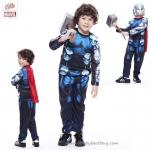 ' ( 4-6-8-10 ปี ) ชุดแฟนซี เด็กผู้ชาย Avengers - Thor Super Hero - สีน้ำเงิน เสมือนจริง มาพร้อมกับเสื้อ กางเกง หน้ากาก ผ้าคลุมสีแดง เพื่อให้คุณหนูๆได้สนุกกับชุด Super Hero คนโปรดตามจิตนาการ ชุดสุดเท่ห์ ใส่สบาย ลิขสิทธิ์แท้