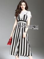 พร้อมส่ง ~ Lady Leslie Feminine Minimal Striped Crepe Jumpsuit and White Lace Top Set