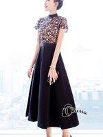 เดรสแฟชั่น Long dress ลูกไม้ช่วงตัวบน ขาวดำ ซับในสีเนื้อรูปสามเหลี่ยมคว่ำคล้ายคล้องคอ