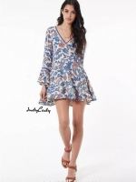 เดรสแฟชั่น มินิ Dress คอวี ผ้านิ่ม