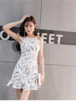 KTFNเดรสแฟชั่นเกาหลีผ้าพิมพ์ แขนกุด ชายระบาย สีฟ้าพาสเทลลายกราฟฟิก