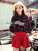 ชุดเซทแฟชั่น เซ็ตเสื้อชีฟองพิมพ์ลายเชอร์รี่และกางเกงเอวสูงสีแดง