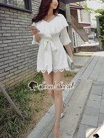จั๊มสูทแฟชั่น จั้มสูทกางเกงทรงสวย สไตล์สาวญี่ปุ่น ช่วงบนตัวเสื้องานสวยด้วยงานเย็บแต่งด้วยผ้าซ้อนเย็บจับจีบระบาย