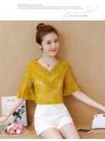 KTFN เสื้อแฟชั่นเกาหลี ผ้าลูกไม้คอวี ปลายแขนแตร สีเหลือง