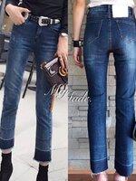 กางเกงแฟชั่น กางเกงยีนส์ทรงกระบอกเล็ก ดีเทลปลายขาฟอกสีทูโทนสวยสุด