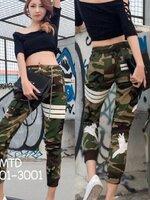 กางเกงแฟชั่น กางเกงวอร์มขายาวลายทหาร ดีไซน์สวย ตกแต่งเส้นแถบสีขาวสะท้อนแสง