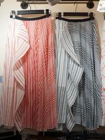 กางเกงแฟชั่น กระโปรงทรงเอผ้าพิมลายริ้วอัดพลีท